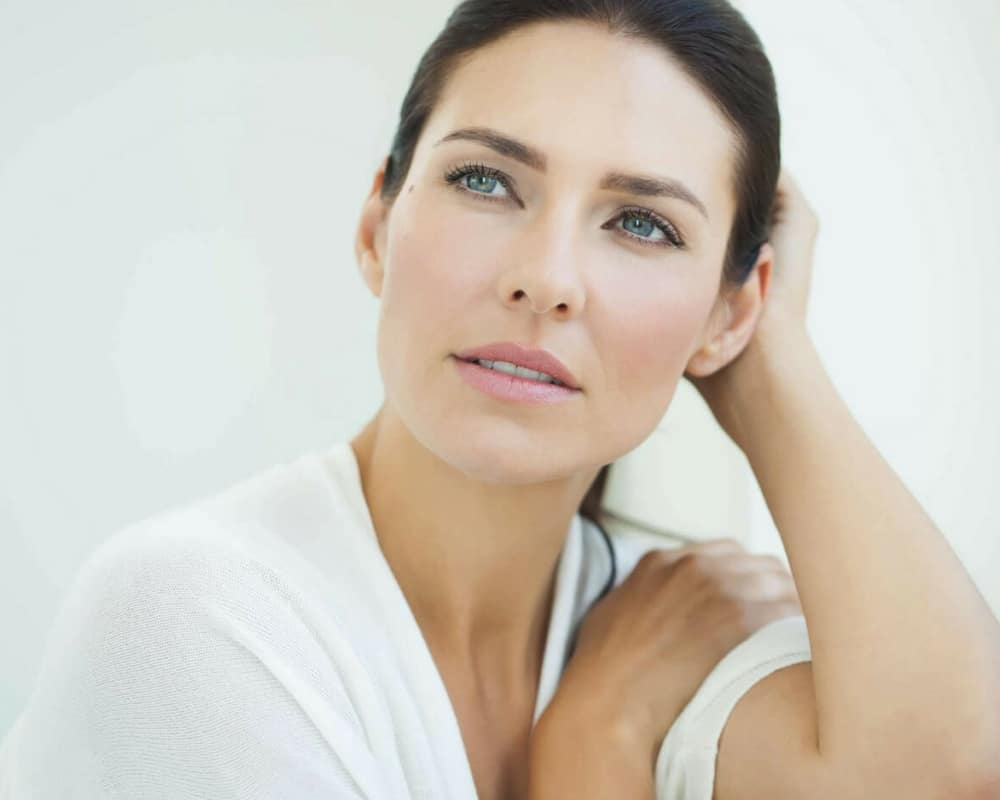 образ мезотерапии с витаминами клиника ренессанс мадрид и марбелья эстетический уход за лицом